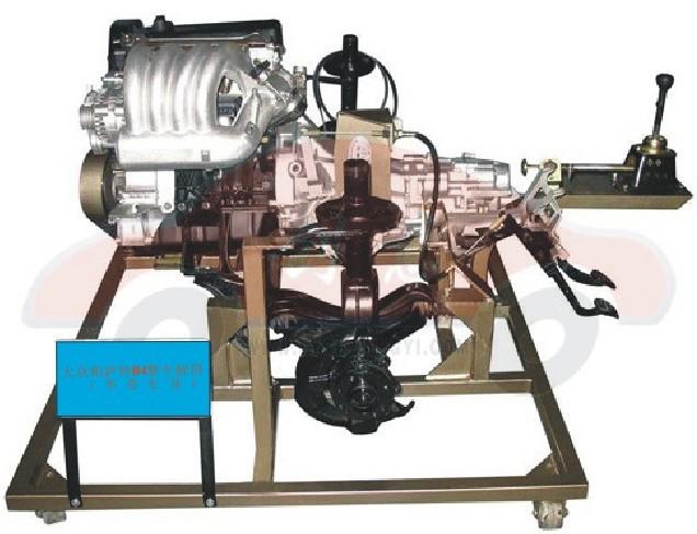 汽车传动系统拆装实验台 汽车传动系统拆装实验台 采用大众帕萨特B4传动系统实物制作;包含发动机、变速器、传动部分等组成。  一.配置:完整整车(含发动机、底盘、电器设备)、三相电机、驱动皮带、减速机、安全防护罩等。 二.主要技术参数: 1.对原车原位发动机、变速器、转向器、驱动桥等主要部件进行刨切处理,充分展示汽车各大系统的内外结构。 2.